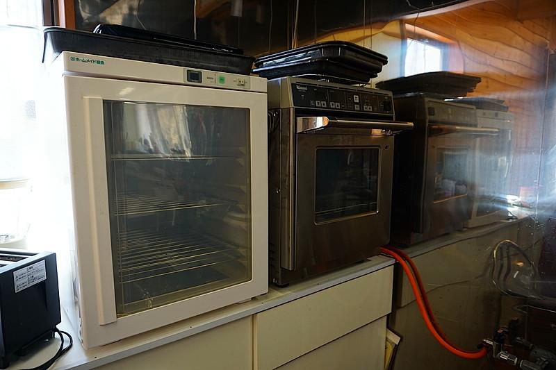 業務用のキッチンスペースも完備しております。