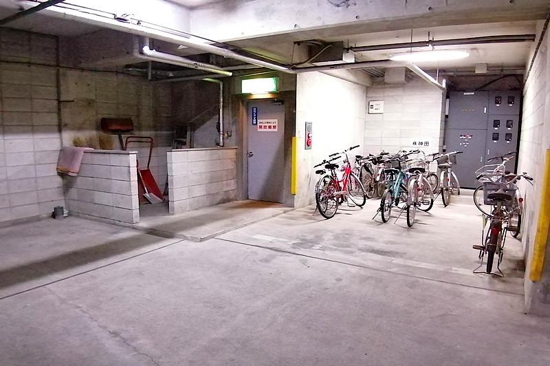 地価駐輪場